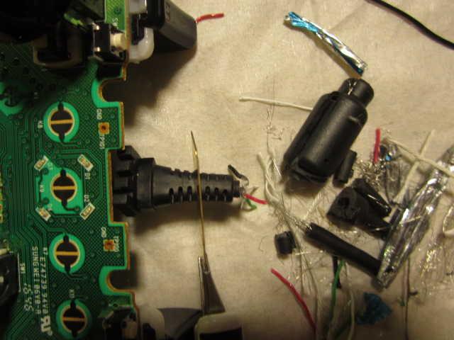 Minecrafterししゃもの中の人が断線して壊れたXboxコントローラーを気合で直す9