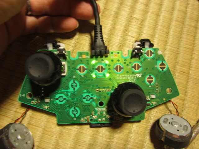 Minecrafterししゃもの中の人が断線して壊れたXboxコントローラーを気合で直す5